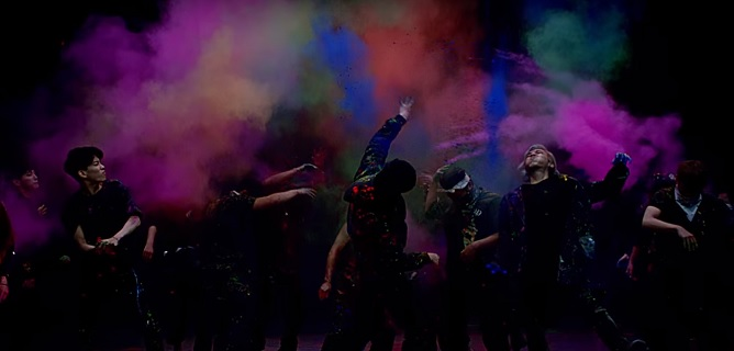 Young Wild Free MV Screencap 4