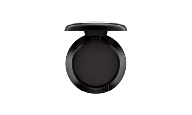 MAC Cosmetics Eye Shadow in Carbon Matte